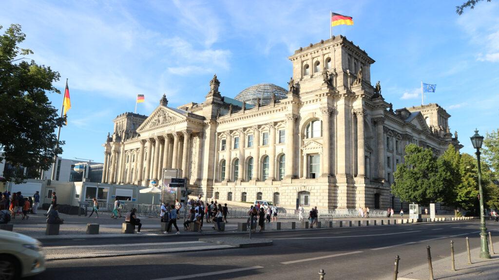 De Reichstag in Berlijn. De plaats waar de Duitse Regering zetelt.