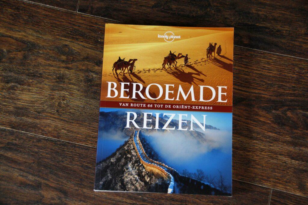 Boek Beroemde Reizen van Lonely Planet