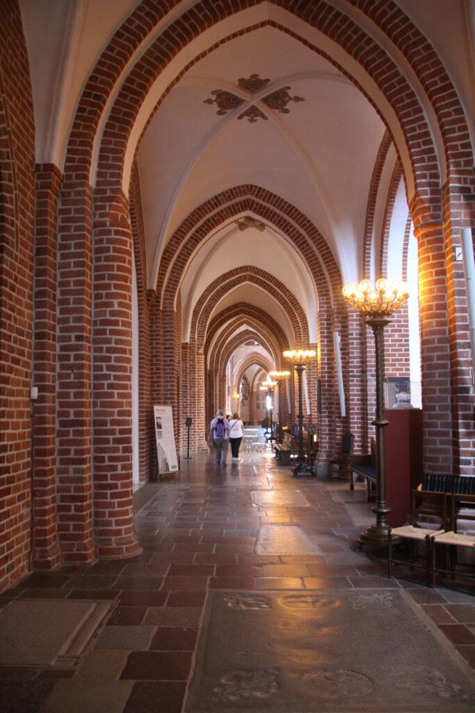 Wij genoten erg van de architectuur van de kathedraal van Roskilde.