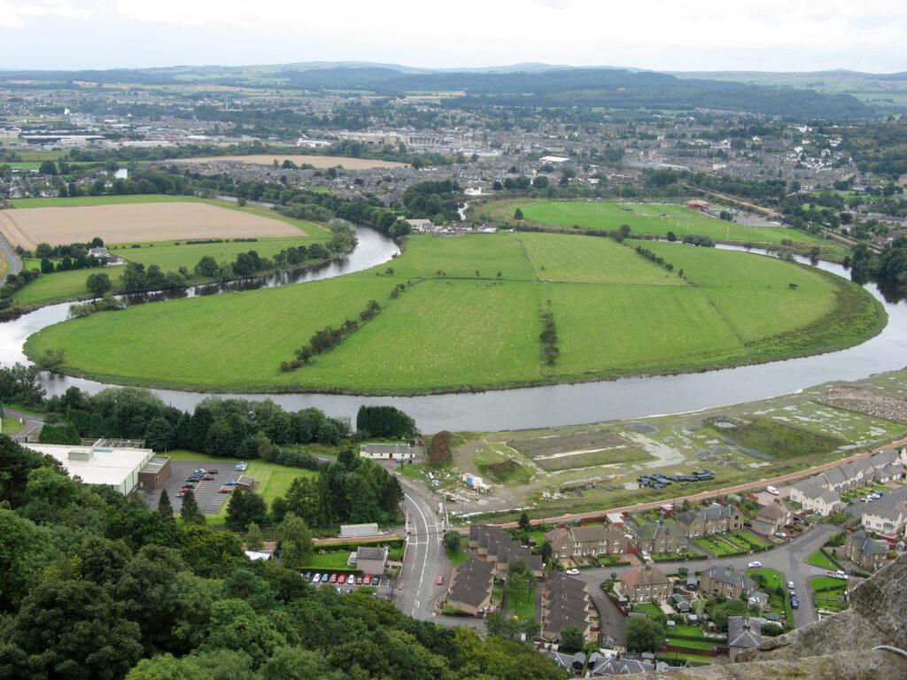 De Stirling kronkelt zich door het landschap waar ooit de Battle of Stirling Bridge werd uitgevochten.