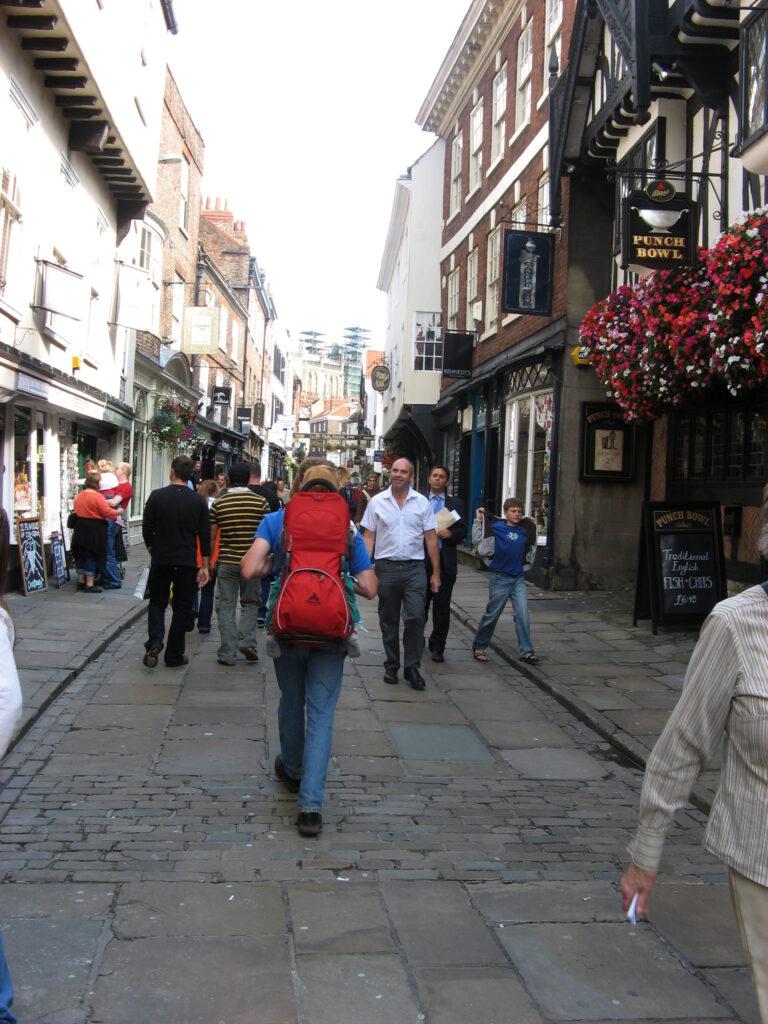 Terug in de tijd in the Shambles in York. Zeker een van de hoogtepunten van Noord-Engeland en Zuid-Schotland.
