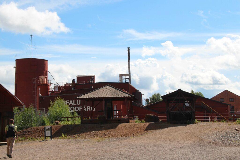 Het bijproduct van de kopermijn wordt gebruikt voor de fabrikatie van Falu Rödfarg.
