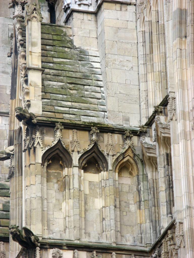 Gotische details van de York Minster.