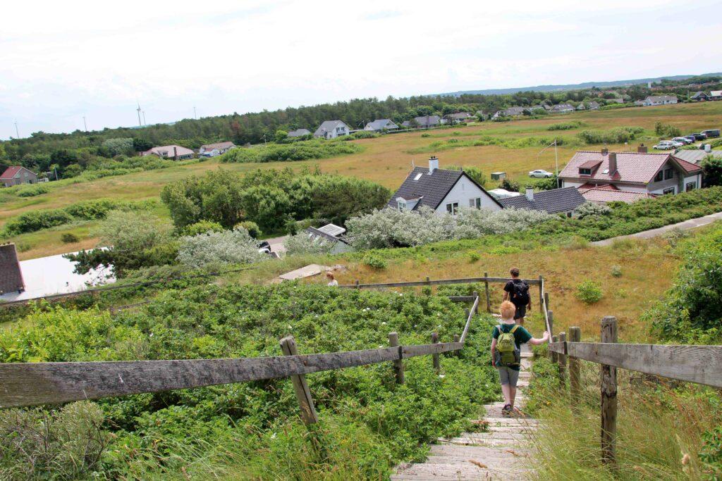 De Hondsbossche Duinen liggen bij Petten.